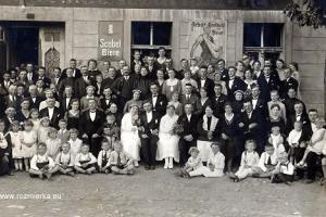 Dwa śluby w 1931 r. w Rozmierce