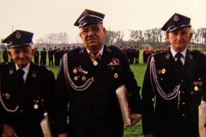 85 lat OSP Rozmierka (2006 r.). Od lewej: Jan Kapica (1928  ? 2010), Kazimierz Czajka, Paweł Krupa