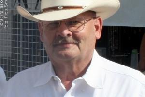 Burmistrz Horst Pallaske (1944 - 2013). Bandera 2010 rok.