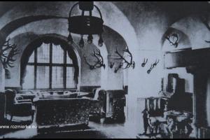 Wnętrze holu pałacu w Szymiszowie