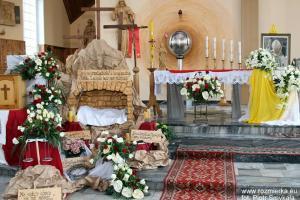 Kościół filialny w Rozmierce w dniu kanonizacji