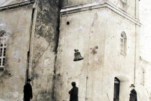 Demontaż dzwonów w lutym 1942 r.