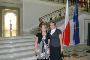 Ewa Glik i z nauczycielką Agatą Kaczmar w Sejmie w 2011 roku.